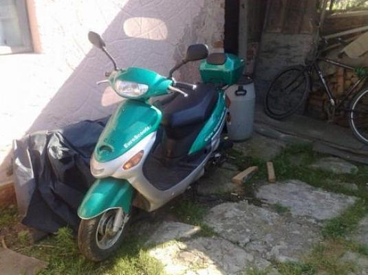 moped03